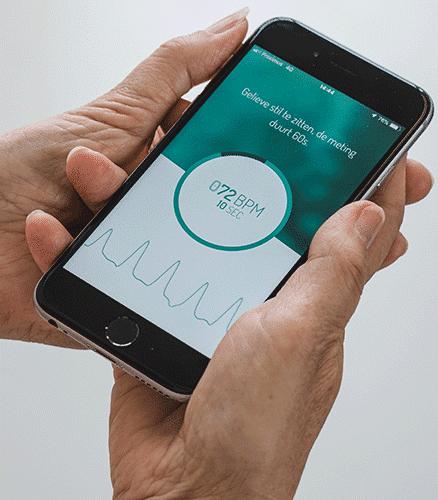 Heart rhythm monitor